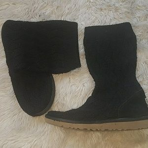 Uggs cable knit